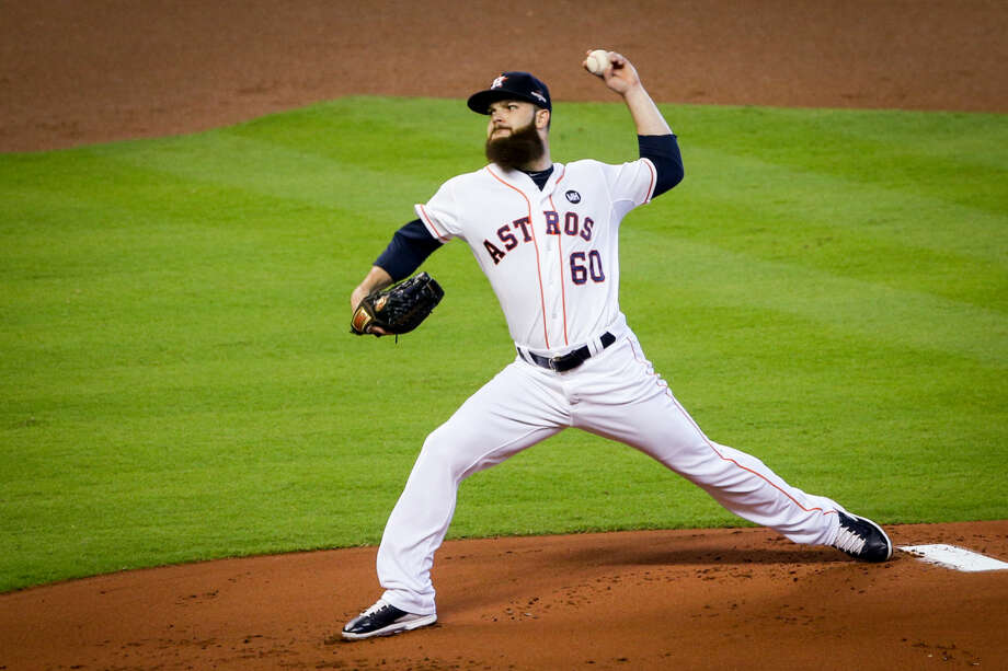 Houston Astros' Dallas Keuchel throws a pitch during the MLB baseball game against the Kansas City Royals on Sunday, Oct. 11, 2015, in Houston, Texas. Photo: Michael Minasi