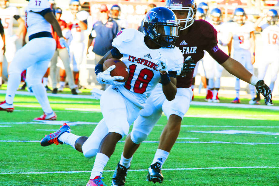Cypress Springs junior wide receiver Jah'marea Sheread was impressive in his sophomore season, racking up 821 yards and six touchdowns on 55 receptions. With Donell Dunn and Drake Carter graduating, his role figures to grow significantly this season. Photo: Tony Gaines