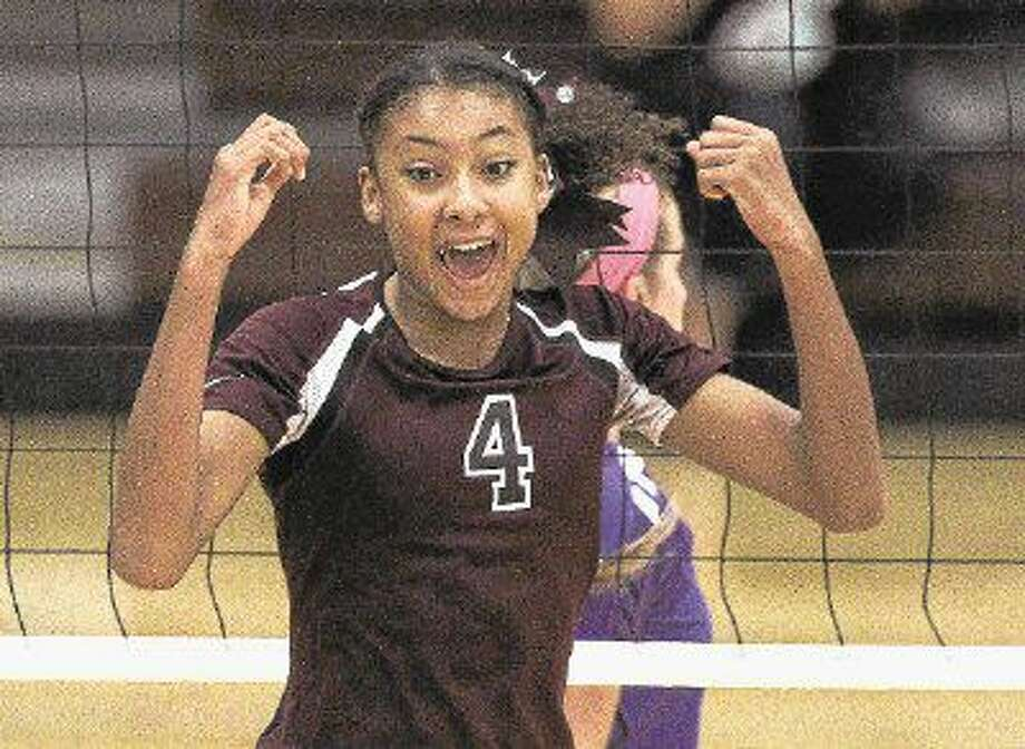 Sophomore middle blocker Alex Glover is one of Magnolia's top returning players this season. Photo: Jason Fochtman
