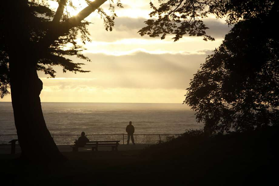 The view of the Pacific Ocean from the parapet in Sutro Heights Park draws many visitors. On Wednesday, Oct. 5, 2016, five robbers stole a camera from a San Francisco man taking photos at the park. Photo: Carlos Avila Gonzalez, The Chronicle