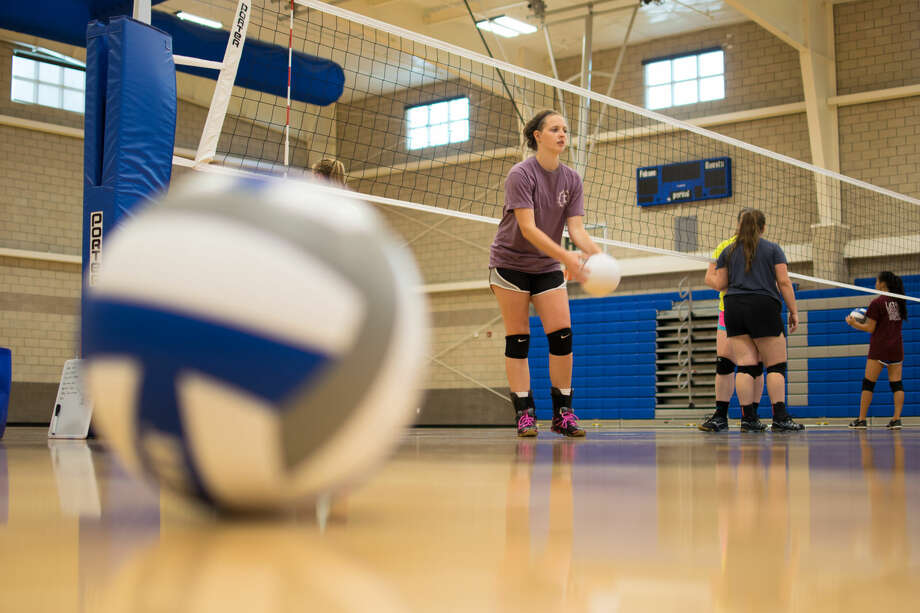 Senior Johanna Kloesel, who led the team last season in kills with 61, is among the first-ever senior class at Frassati Catholic High School. Head volleyball coach Katie Hoff is excited to see what the team can do with senior leadership and veteran experience for the first time in school history. Photo: Kyle Smith (Frassati Communications)