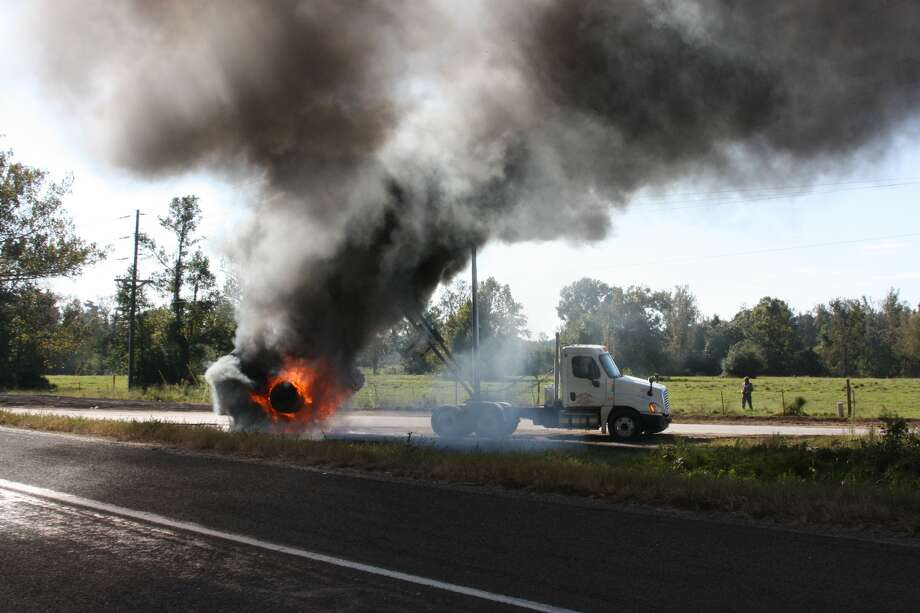 A 25-year-old truck driver was electrocuted in Liberty County on Thursday morning when the bed of his dump truck struck a power line, authorities said. Photo: Vanesa Brashier