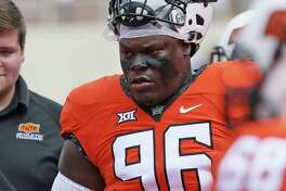 Oklahoma State defensive tackle Vincent Taylor before the game against Southeastern Louisiana in Stillwater on Sept. 3, 2016.