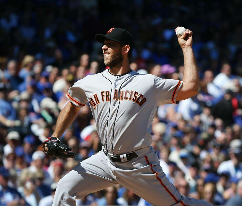 The San Francisco Giants' Madison Bumgarner pitches against the Chicago Cubs during the first inning at Wrigley Field in Chicago on Saturday, Sept. 3, 2016. (Nuccio DiNuzzo/Chicago Tribune/TNS) Photo: Nuccio DiNuzzo, TNS