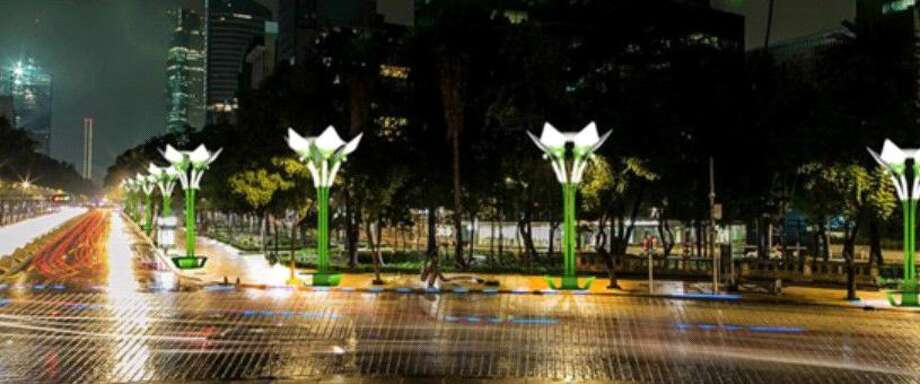 Solar trees line a street in Mexico City. Humble resident Ed Love debuts the Na3light Solar Tree during the Bright Futures Fair Friday, Aug. 5, 2016.