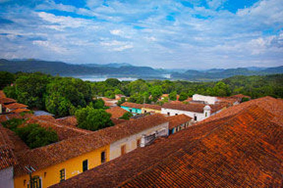 The view of Suchitoto, El Salvador. Photo: Br& Nolck