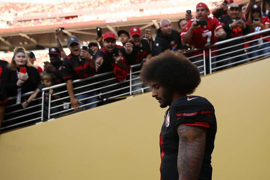Fans chanted for Colin Kaepernick, but the NFL Network announcers didn't share their longing for the 49ers QB. Photo: Ezra Shaw, Getty Images