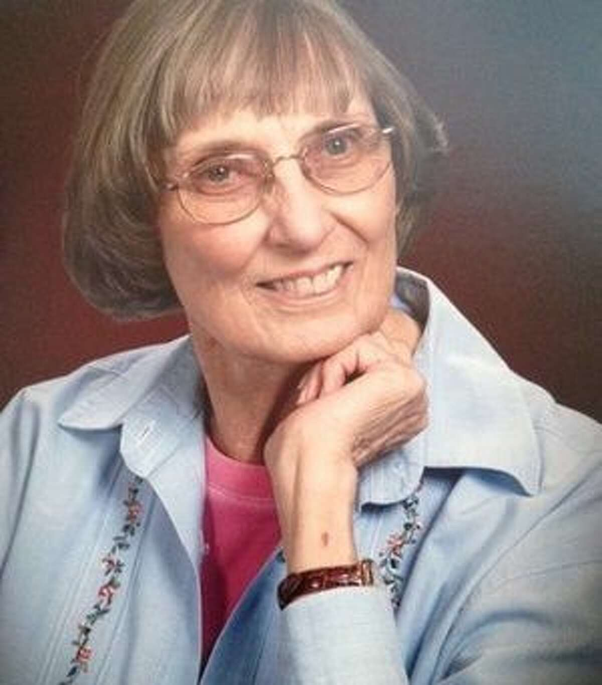 Dendy Behne, Margaret Louise