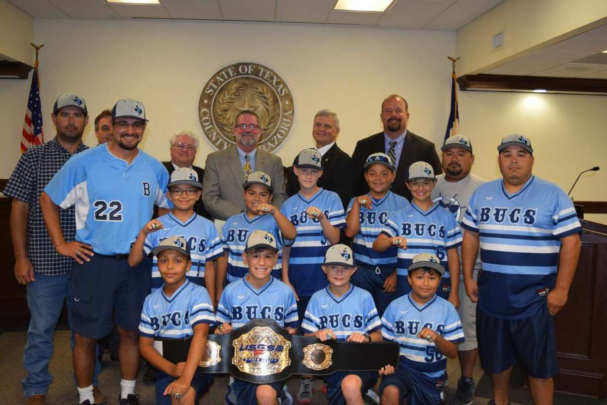 Bucs Navy, a select team of 10 year old boys from Lake Jackson, Angleton, and Sweeny area, and one player from Fort Worth, posted an amazing 8-0 record and secured the Championship title on July 12, 2016. The winning team effort was comprised of players: Trace Mican, YaYa Hernandez, Kaiden Shoemake, Austin Haynes, Brandon Stewart, Adrian Lopez, Callan Frazier, Ayden Goff, Ruben Torrez, and Joseph Frazier. Leading this group were coaches, Scotty Shoemake (head coach), Assistants Yamel Hernandez, John Haynes, Reuben Lopez and Bryan Frazier.