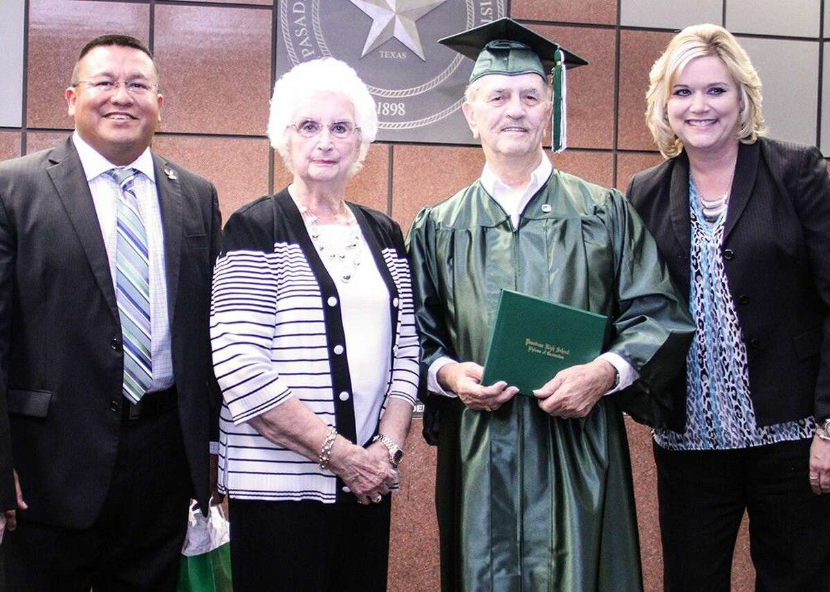 From left to right: PHS principal Joe Saavedra, Pasadena ISD board president Nelda Sullivan, Williams and Superintendent Dr. DeeAnn Powell.
