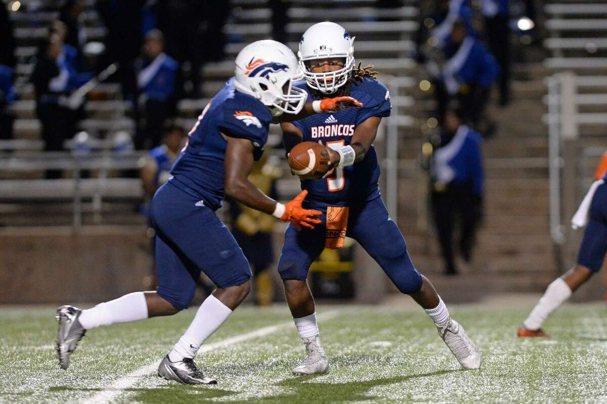 Bush quarterback Wade Freeman and running back Courtland Neal opened District 20-6A play with a 41-20 victory against Dulles. The Broncos are 3-1 overall.