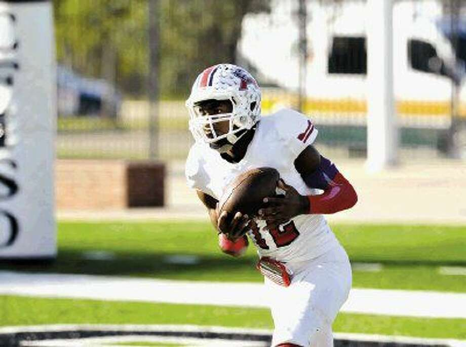 Atascocita football team played a UIL playoff game against Austin Westlake, 12-5-2015, at The Berry Center. Westlake won the game, 49-28.Alerick Soularie (12) caught this kickoff and gained 25 yards on the play. Photo: Eddy Matchette