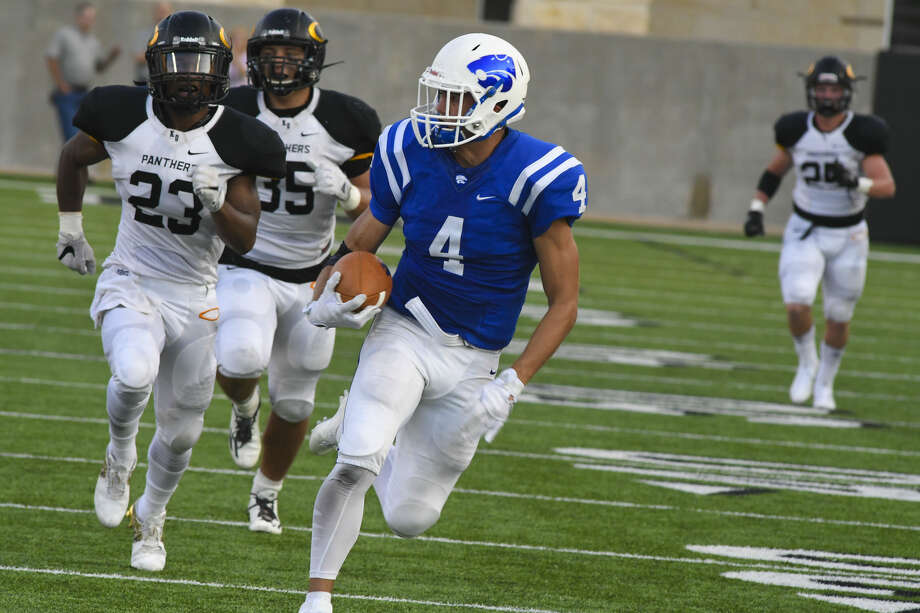 Cypress Creek junior wide receiver/running back Jack Hook had a terrific game in a loss to Klein Oak. Hook finished with four receptions for 163 yards and two touchdowns. Photo: Tony Gaines