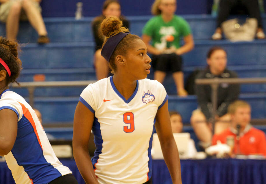 Elkins graduate Bailey Banks earned Southland Conference Offensive Player of the Week honors, as well as the Barcelona Labor Day Classic MVP as the Huskies won their home tournament. Photo: HBU Athletics Media Relations