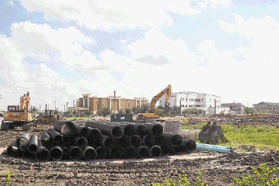 A parcel as been cleared for construction of an apartment community at 4811 E. Sam Houston Parkway South. Photo: Kirk Sides