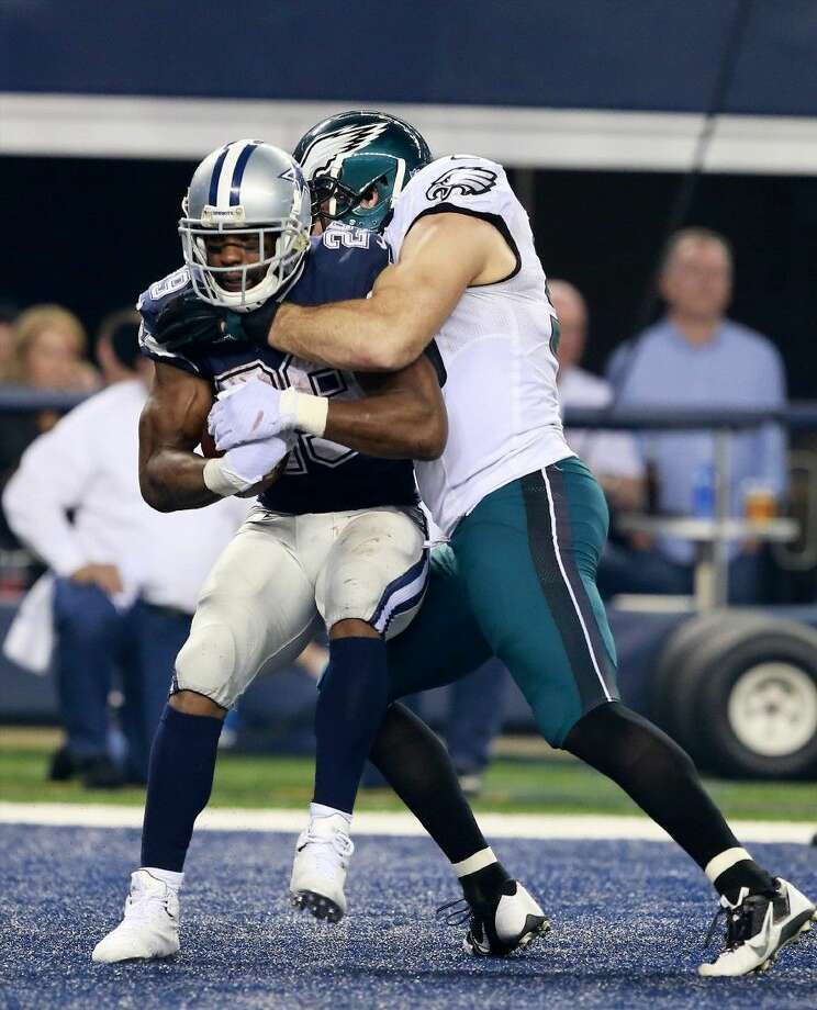 Philadelphia Eagles nose tackle Bennie Logan tackles Dallas Cowboys running back DeMarco Murray on Thursday. The Eagles won 33-10.