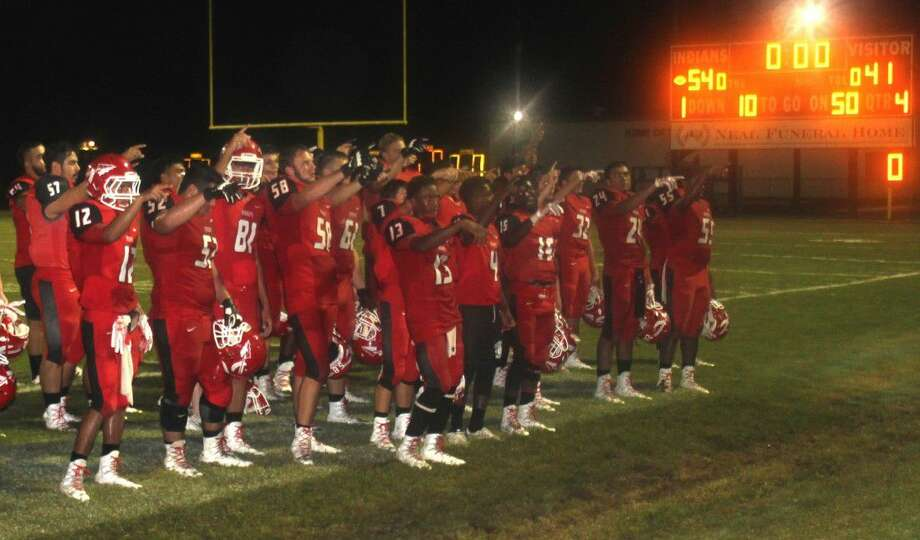 The Cleveland Indians celebrate their victory over the Brazosport Exporters on Sept. 9. Photo: Jacob McAdams