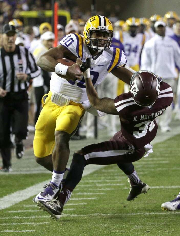 LSU quarterback Anthony Jennings ran for 119 yards against Texas A&M on Thursday night in College Station.