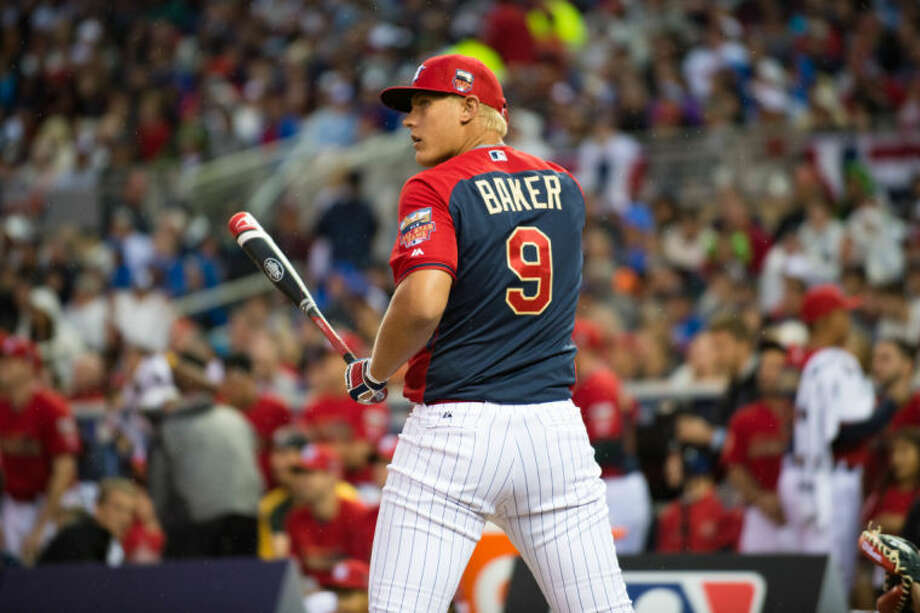 Oak Ridge's Luken Baker prepares to hit during the 2014 MLB Junior Select Home run Derby at Target Field in Minneapolis, Minnesota. Photo: Ron Vesely
