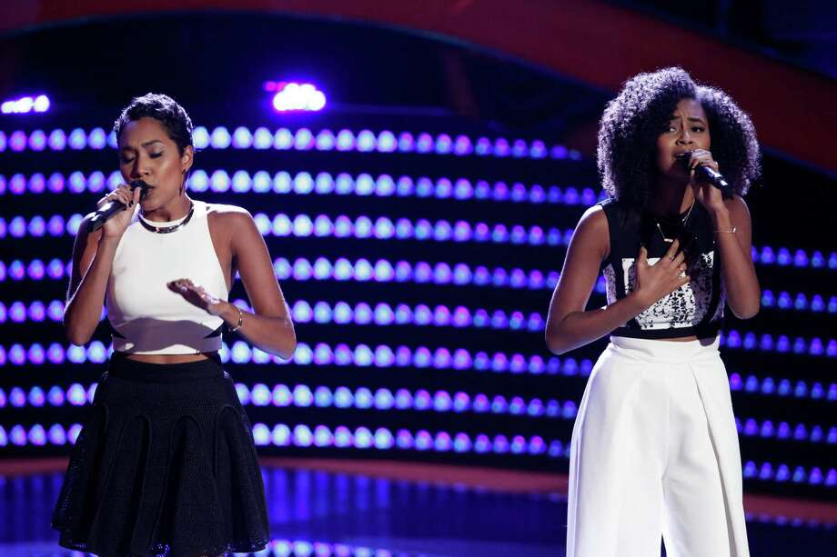 Whitney Sim, left, and Shannon Bates grew up in Houston and are early favorites on 'The Voice.' Photo: Chris Haston/NBC / 2016 NBCUniversal Media, LLC