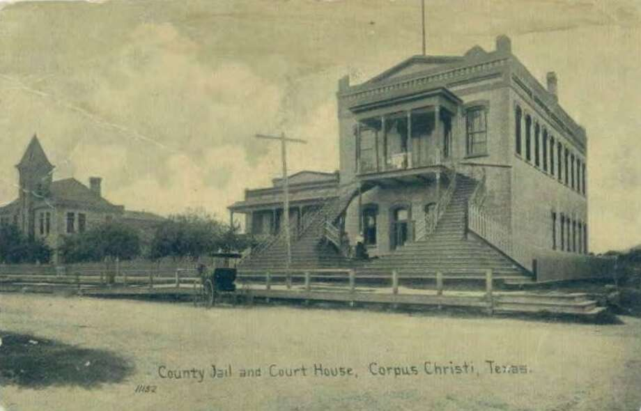 """According to a preliminary design and feasibility study published for Corpus Christi's Nueces County Courthouse published by the Texas Historical Commission, the shuttered 1914 building has a new focus as the coastal city works to redevelop its downtown area. One of the """"most feasible re-use options"""" is a luxury apartment complex. Photo: Texas Historical Commission"""