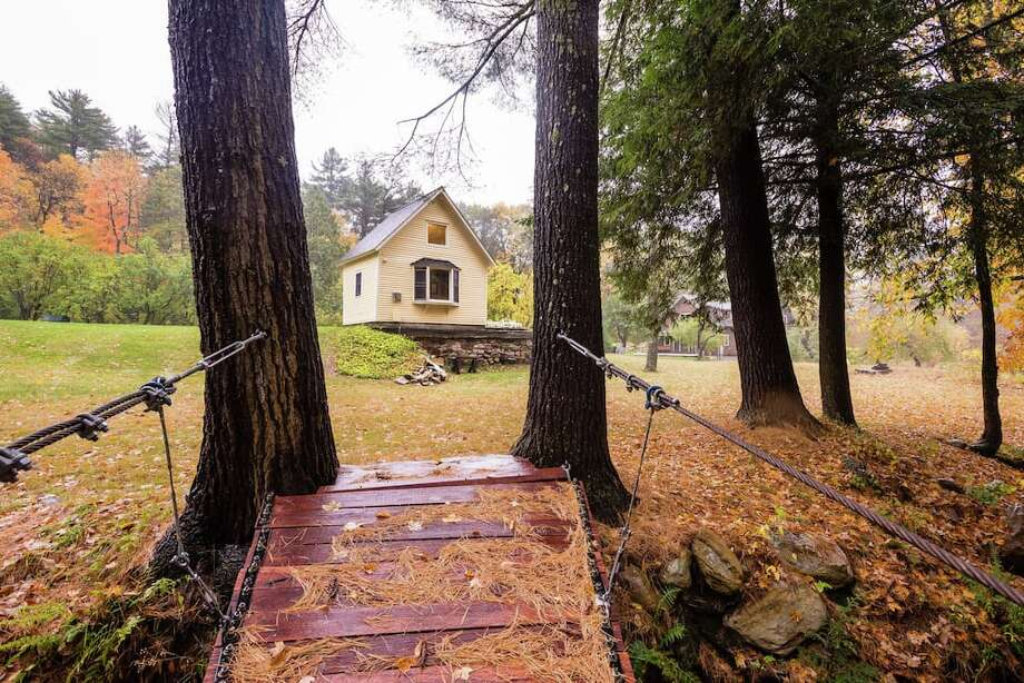 Click through the slideshow for a few Airbnb offerings that are close enough for a fall weekend getaway. Photo: Airbnb