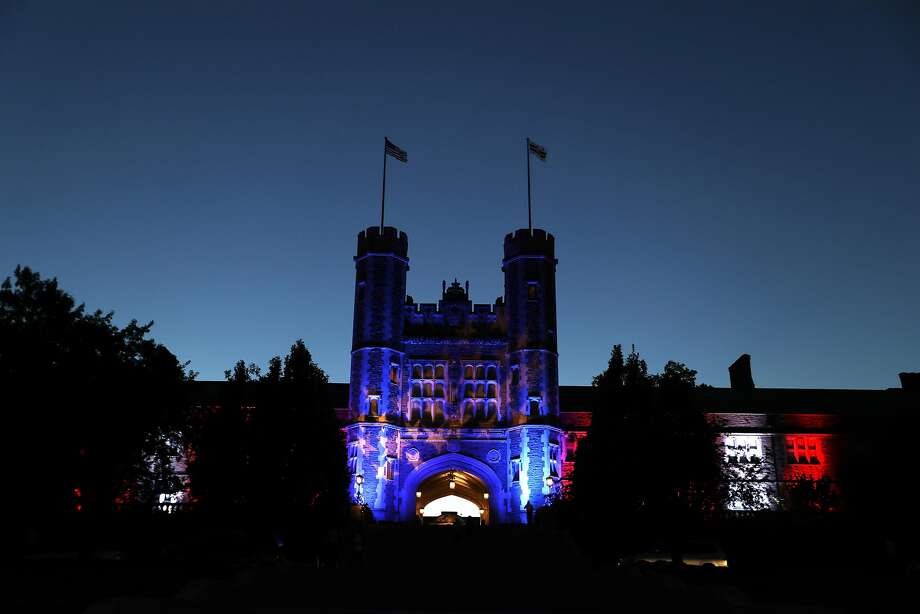 Sunday's presidential debate will be at Washington University in St. Louis. Photo: Jeff Roberson, Associated Press