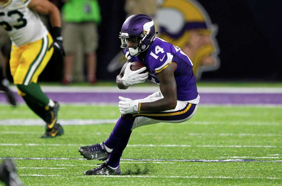 Minnesota Vikings wide receiver Stefon Diggs catches a pass during the second half of an NFL football game against the Green Bay Packers Sunday, Sept. 18, 2016, in Minneapolis. (AP Photo/Andy Clayton-King) Photo: Andy Clayton-King, Associated Press / FR51399 AP