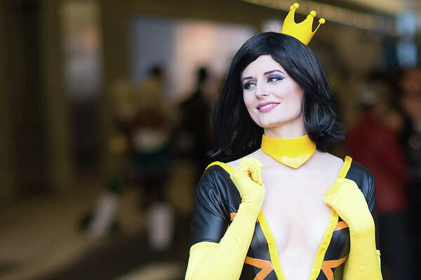 A cosplayer attends 2016 New York Comic Con on October 6, 2016 in New York City.  (Photo by Michael Stewart/WireImage)