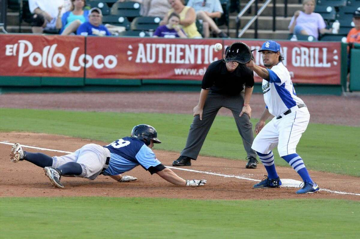 Delwyn Young and the Sugar Land Skeeters swept Southern Maryland to clinch the Atlantic League Freedom Division second-half championship. The Skeeters are in the playoffs for the third time in four years.