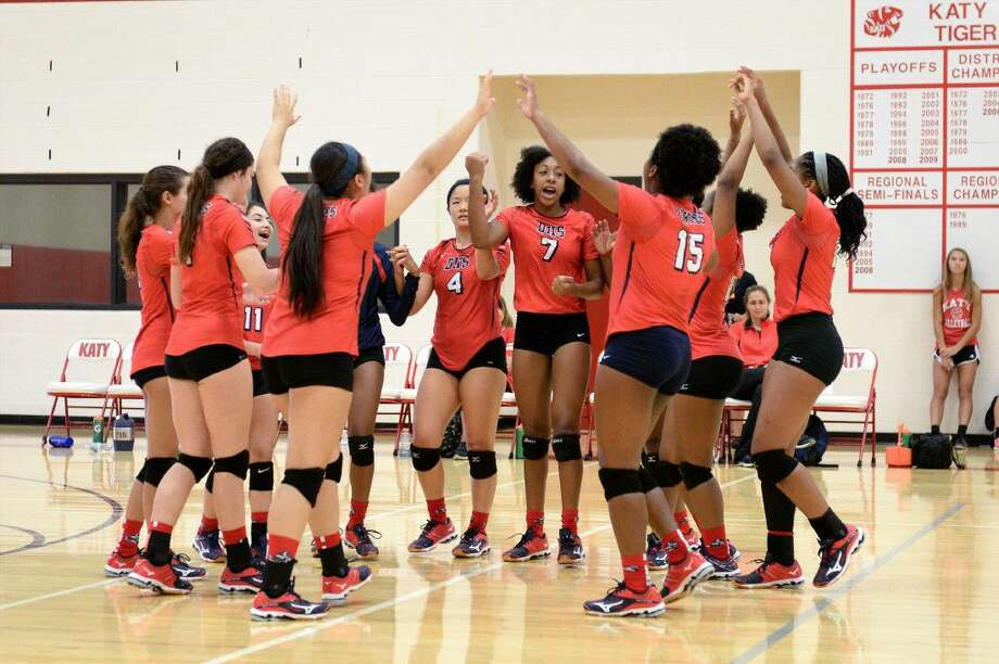 Dulles huddles during its match against Tomball Memorial at the 2016 Nike Volleyball Classic, Aug. 11 at Katy High School. The Lady Vikings finished 6-2 at the tournament. View additional photos at HCNPics.com. Photo: Craig Moseley