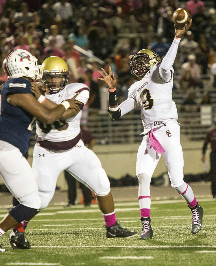 Summer Creek quarterback Isaiah Bean is ninth in the area with 572 yards passing on the year. Photo: ANDREW BUCKLEY