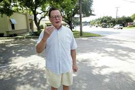 Gene Elder describes the setting as he returns, on October 5, 2016,  to stand in the area where he was earlier arrested by Alamo Heights police officers.