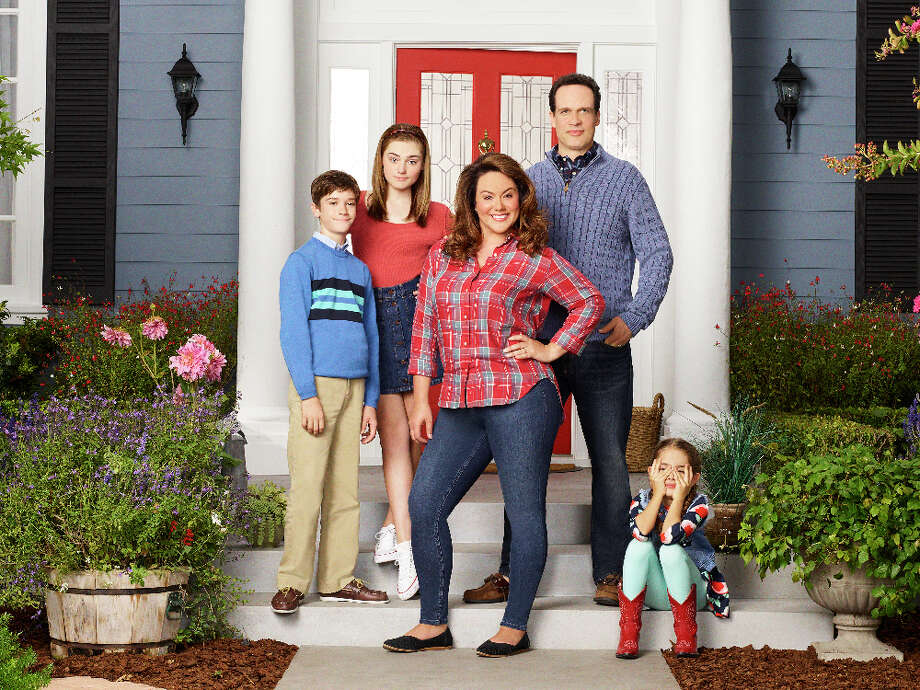"The cast of ""American Housewife"" on ABC. Photo: ABC/Disney, ABC / © 2016 American Broadcasting Companies, Inc. All rights reserved."