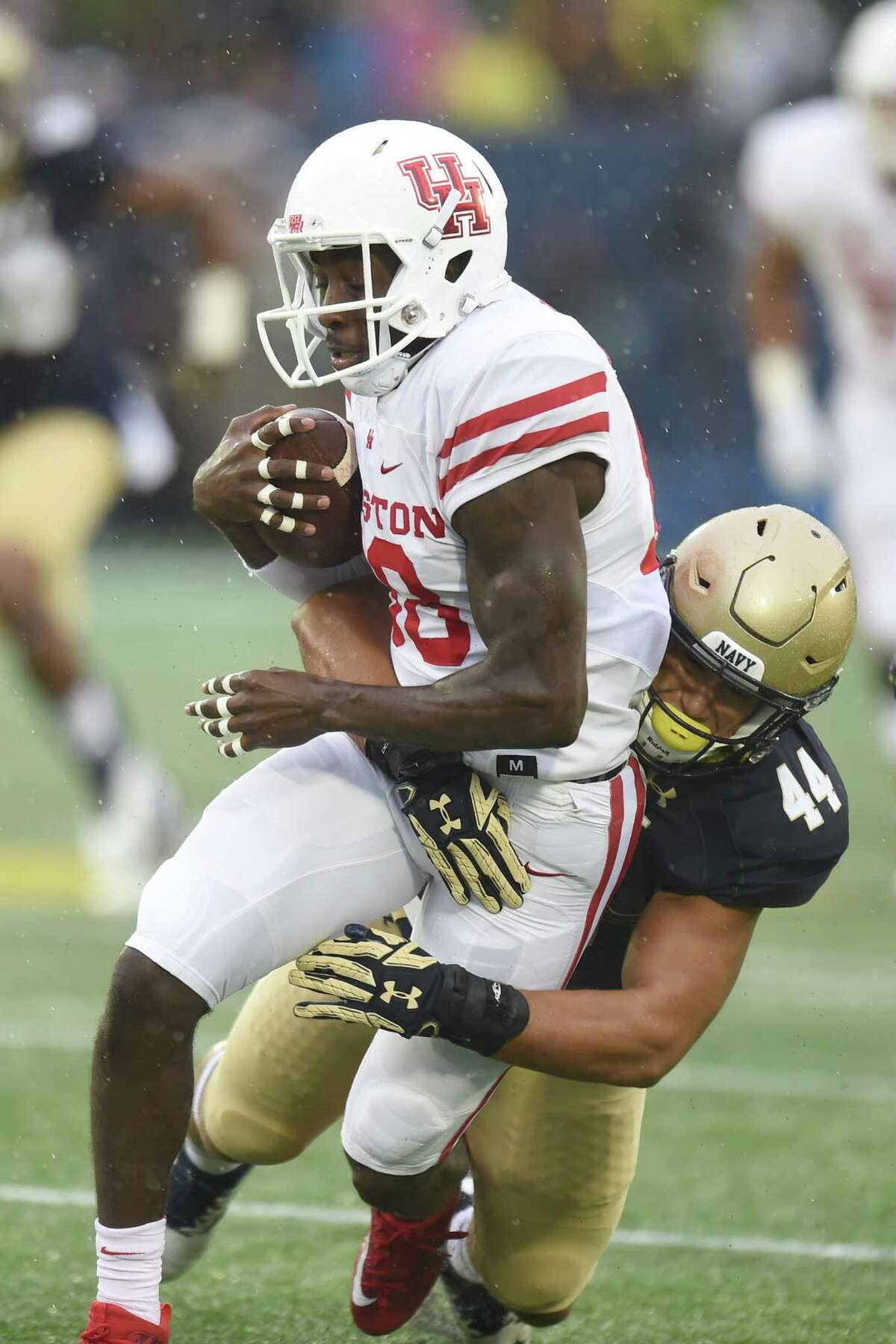 STOCK UP Steven Dunbar Not to be overshadowed, Dunbar is another UH receiver off to fast start in the first half of the season. Dunbar is coming off nine catches for 112 yards and a touchdown at Navy. For the season, Dunbar has 30 catches for 438 yards and team-best three touchdowns.