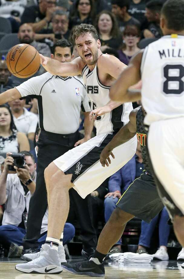 Center Pau Gasol works to the blocks  as the Spurs host the Hawks in the home opener for the preseason on October 8, 2016. Photo: TOM REEL/SAN ANTONIO EXPRESS-NEWS
