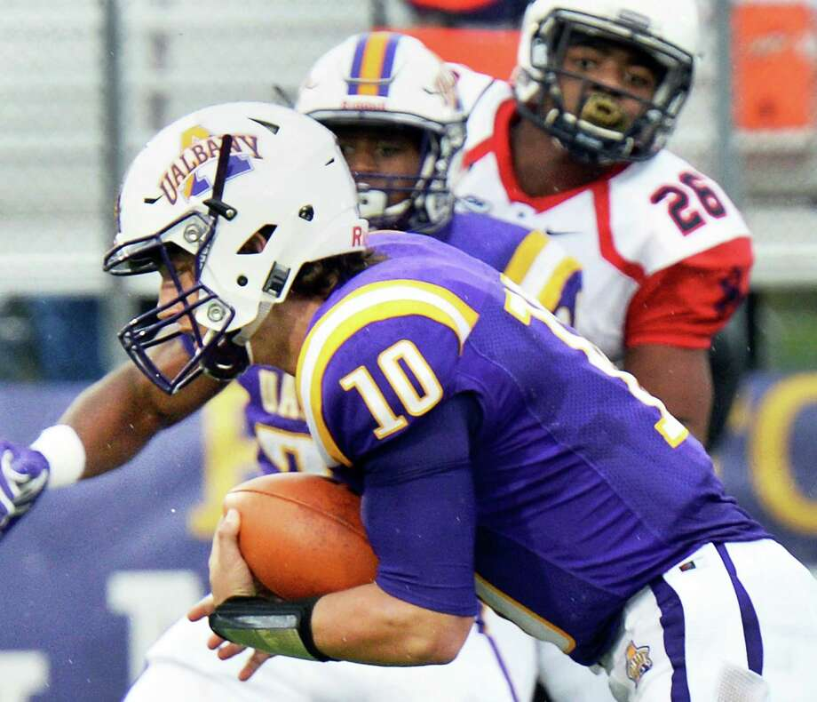 UAlbany QB Neven Sussman runs the ball for a touchdown during Saturday's game against Richmond at Casey Stadium Oct. 8, 2016 in Albany, NY.  (John Carl D'Annibale / Times Union) Photo: John Carl D'Annibale / 20038302A