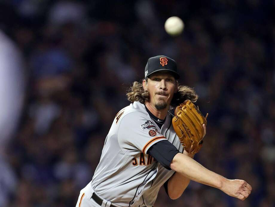 San Francisco Giants' Jeff Samardzija throws to first base in 1st inning against Chicago Cubs during Game 2 of the National League Division Series at Wrigley Field in Chicago. IL, on Saturday, October 8, 2016. Photo: Scott Strazzante, The Chronicle