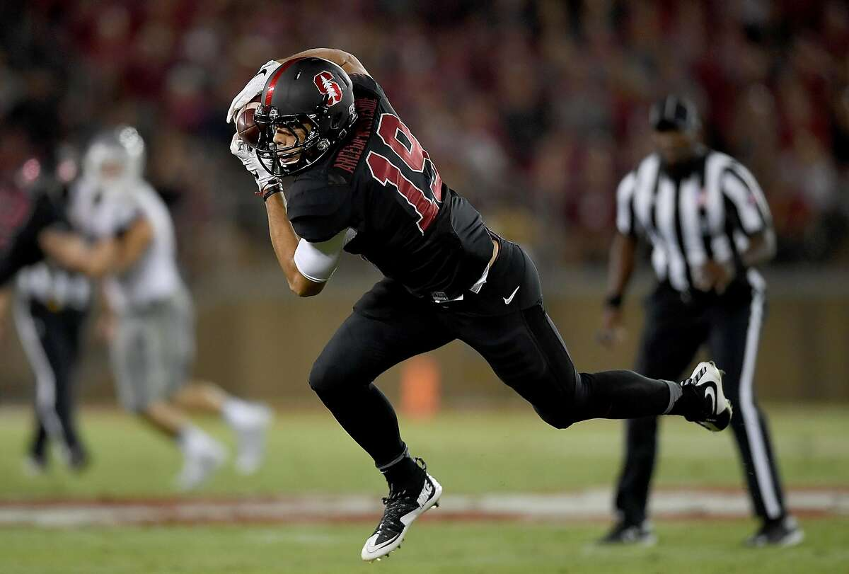 PALO ALTO, CA - OCTOBER 08: JJ Arcega-Whiteside #19 of the Stanford Cardinal catches a pass against the Washington State Cougars during the second half of their NCAA football game at Stanford Stadium on October 8, 2016 in Palo Alto, California. (Photo by Thearon W. Henderson/Getty Images)