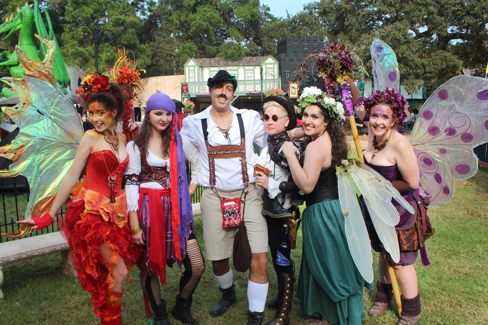 Good Weather Draws Crowd To Renaissance Fest  Houston