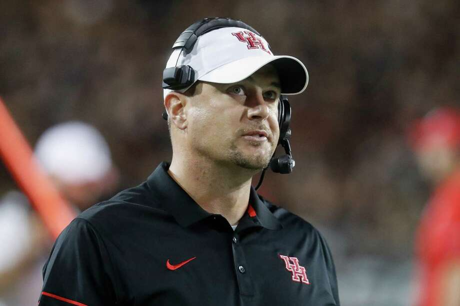 Houston coach Tom Herman stands on the sideline during the first half of an NCAA college football game against Cincinnati, Thursday, Sept. 15, 2016, in Cincinnati. (AP Photo/John Minchillo) Photo: John Minchillo, STF / AP
