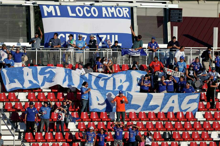 Soccer fans watch the Liga MX exhibition soccer match between Cruz Azul and Atlas held Sunday Oct. 9, 2016 at Toyota Field. The final score was a 2-2 tie. Photo: Edward A. Ornelas, Staff / San Antonio Express-News / © 2016 San Antonio Express-News