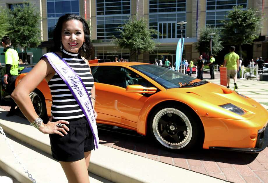 Miss Philippines-Houston 2016 Kaye Adan poses for a photo at Lamborghini Festival 2016 at Citycentre Plaza Sunday, Oct. 9, 2016, in Houston. Photo: Yi-Chin Lee, Houston Chronicle / © 2016  Houston Chronicle