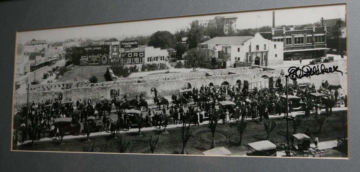 A panoramic photo of the Alamo by E.O. Goldbeck.