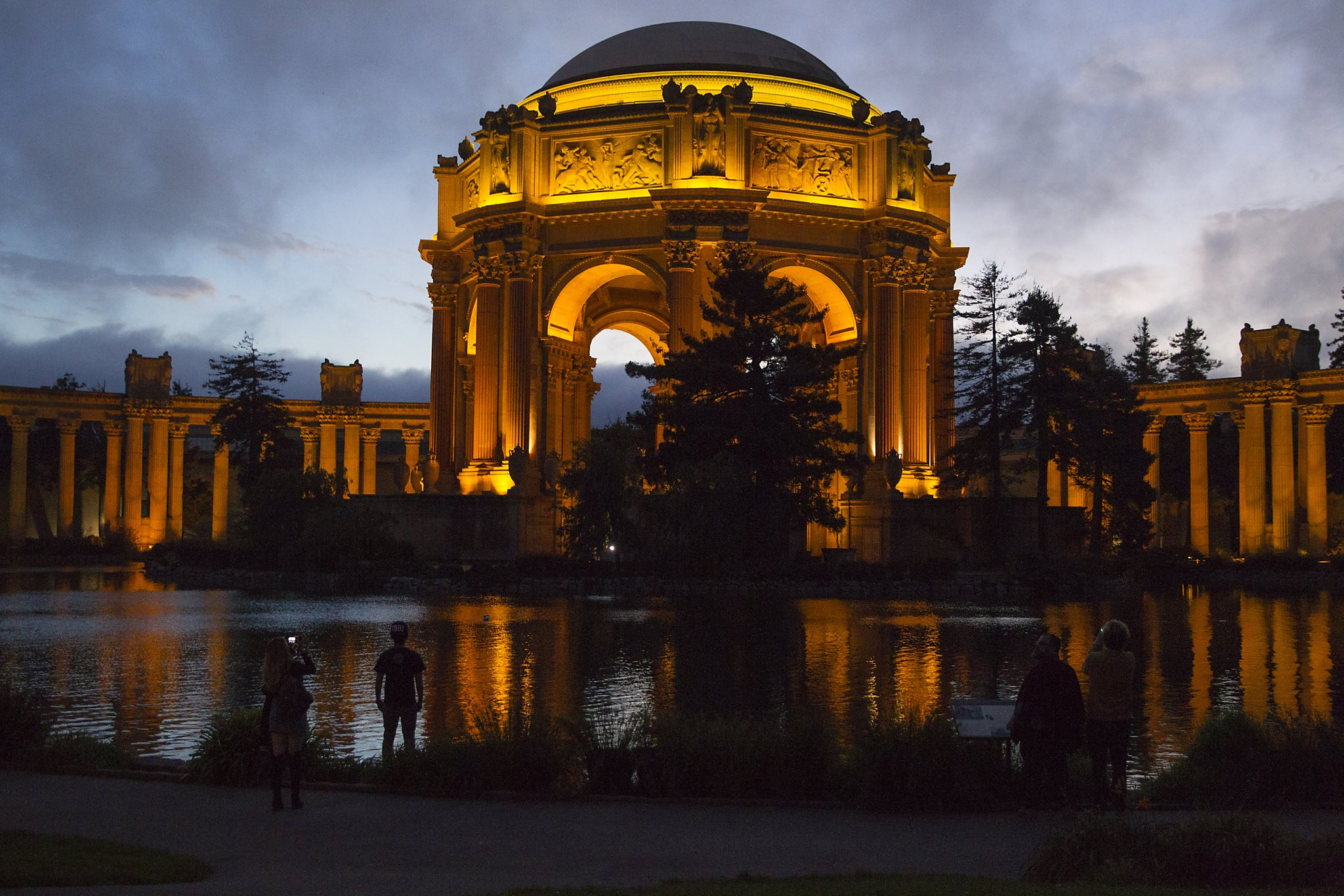 palace of fine arts welcomes new cafe san francisco. Black Bedroom Furniture Sets. Home Design Ideas