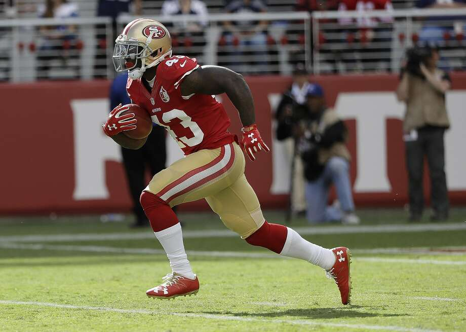 Chris Davis was the 49ers' primary kickoff returner before he sustained a season-ending knee injury. Photo: Marcio Jose Sanchez, Associated Press