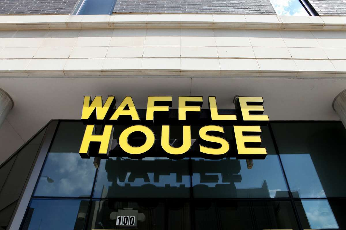 Waffle House. Those who want one of these yellow-roofed diners in S.F. might just be feeling homesick for the South, but who can argue that a cheap, fast place dishing up grits, hash browns and crispy waffles wouldn't be a good addition to the city's food scene?