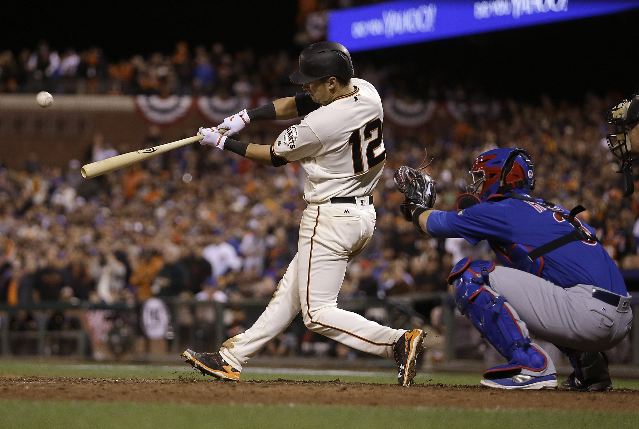 Unlikely series of events sends Giants, Cubs to Game 4 - SFChronicle com