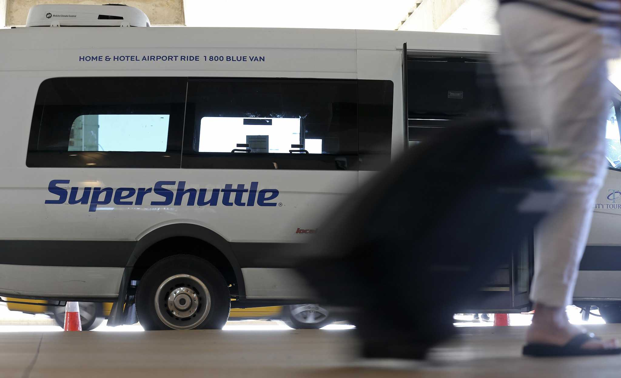 Options to meet every need. No matter your travel needs, SuperShuttle has versatile transportation solutions to fit every situation and budget! Groups large and small, families, business travelers, and solo adventurers – we make airport rides easy for you!