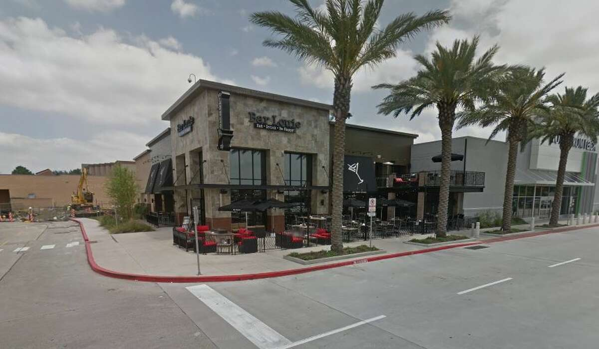 Bar Louie  2000 Willowbrook Mall Ste. 8000 A Houston, TX 77070 Demerits: 16 Inspection Highlights: Observed pink slimy residue on deflector shield of ice machine. Ice machine turned off and discarded over 100 pounds of ice. Provide and maintain foods safe for human consumption.